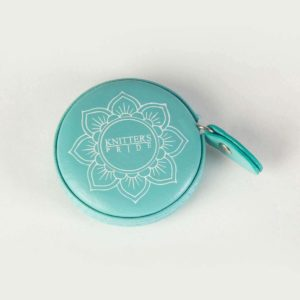 the-teal-retractable-tape-measure1